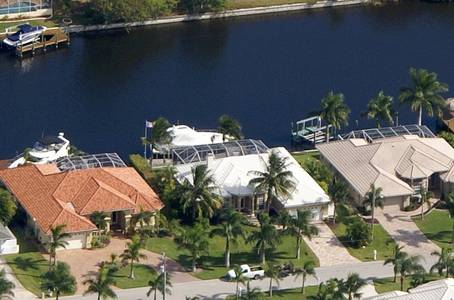 Slideshow of vacation rental property Stunning Sailboat Access Home!! in Cape Coral