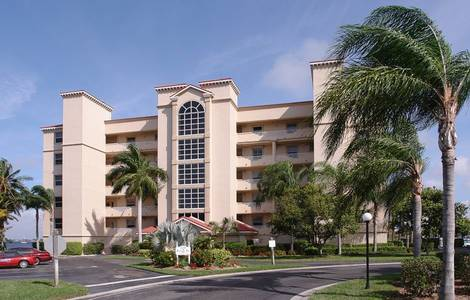 Slideshow of vacation rental property 3 Bedroom, Furnished Penthouse on the River in Ft. Myers