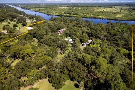 Slideshow of vacation rental property Private Riverfront Estate 22 +/- Acres with 1,250 +/- feet on the Intracoastal Waterway in LaBelle