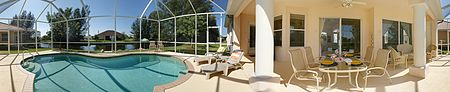 Villa Caribbean Dream - Beautiful 3/2 Pool Home on Canal in SE Cape Coral