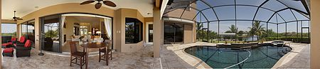 Immobilien Immaculate 5 bedroom plus den 3 car garage gulf access pool home! in Cape Coral