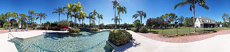Immobilien Country Estate on over 7 acres in Naples