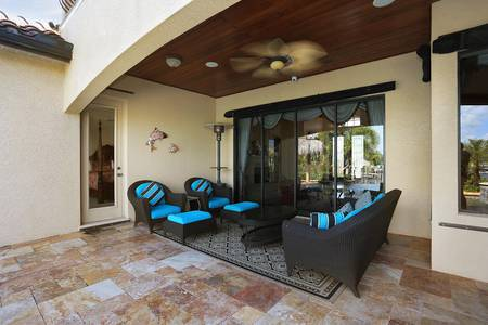 Slideshow of vacation rental property LUXURY LIVING LOCATED ON INCREDIBLE GULF ACCES LOCATION in Cape Coral