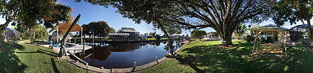 Immobilien Yacht Club Area - 3 Lot Site - Direct Sailboat Access - Completely Remodeled! in Cape Coral